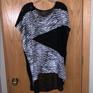 Chico's travelers size 2 top